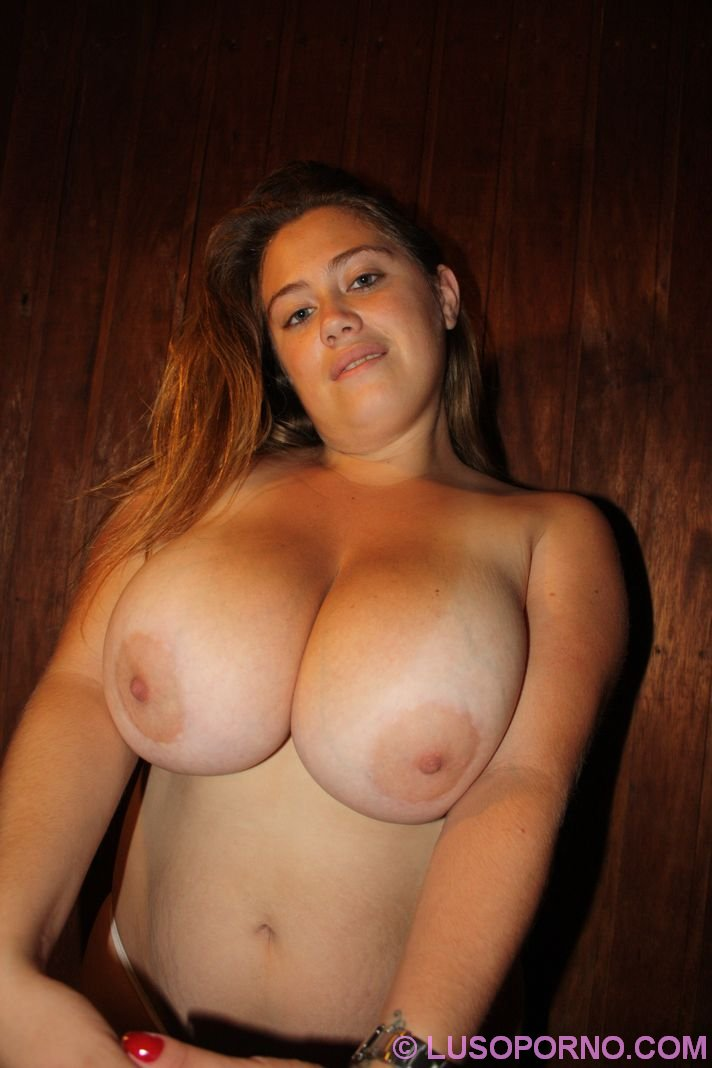 from Deandre huge natural tits movie