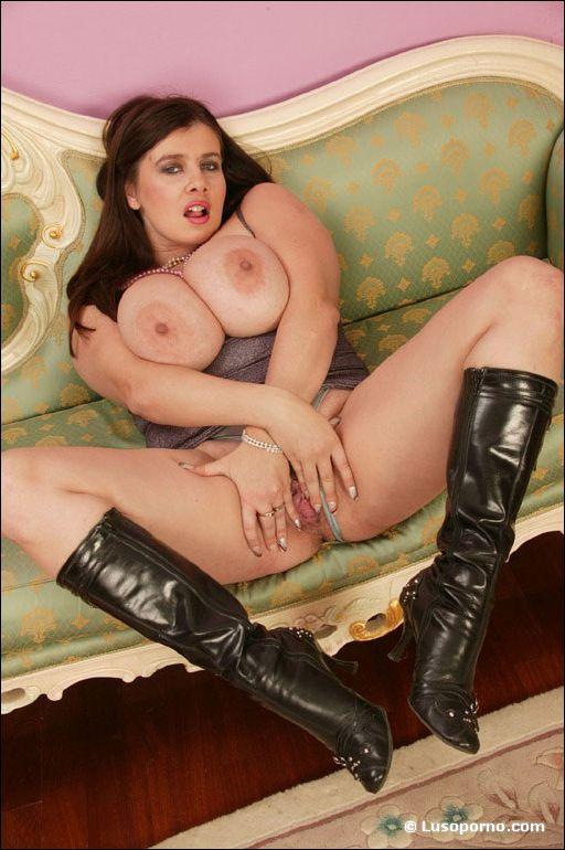 Big boobs and jism clips