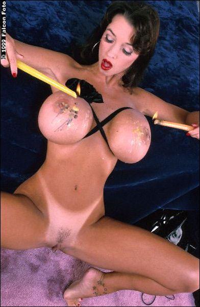Big boob free free hand hooters job movie tit video