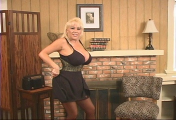 Busty Mature Vixens Kandi Cox Patty Plenty